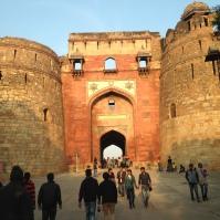 Entrée de Purana Qila / The Old Fort