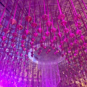 Plafond d'entrée / Pink everywhere