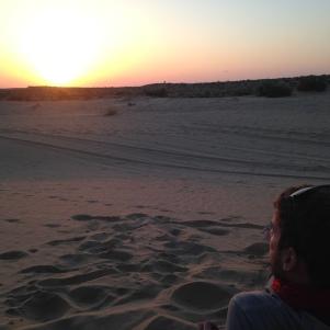 Coucher de soleil sur les dunes de sable