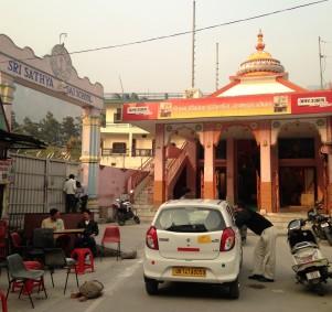 Petit temple à Rishikesh