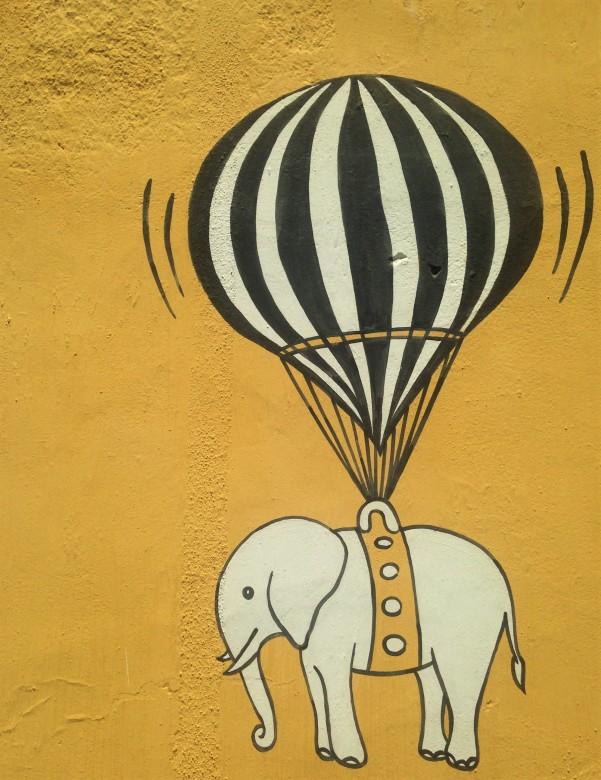 Balloon et elephant - Pondi