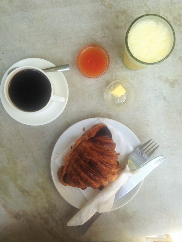 Breakfast Café Gallery - Pondi