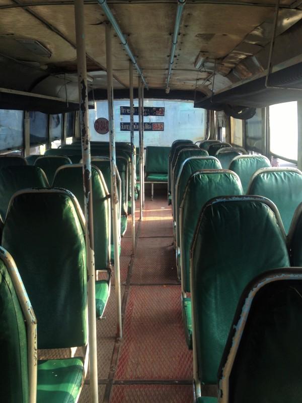 Bus de la victoire - Vers Pondi