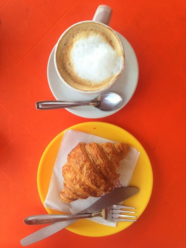 Single Breakfast - Pondi